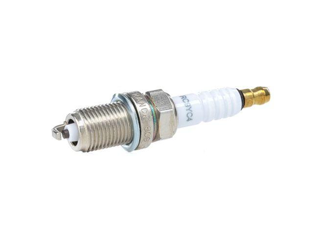 Запалителна свещ разст. м-ду електродите: 1мм, мярка на резбата: M14x1.25 с ОЕМ-номер BP04 18 110