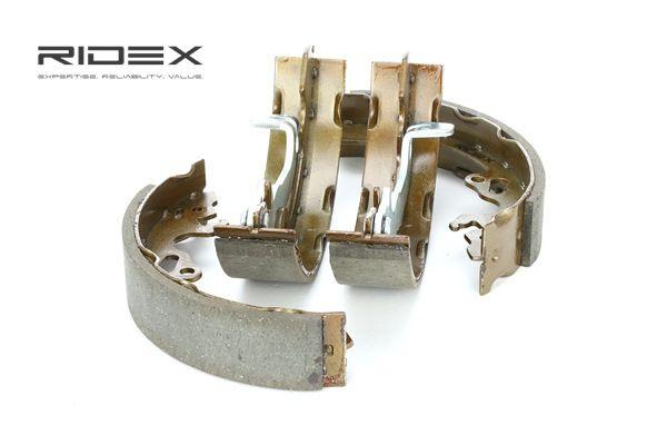 RIDEX Kit de zapatas de frenos FORD Eje trasero, Ø: 203,2mm, con palanca freno de mano
