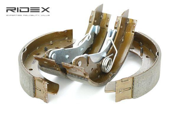 OEM Brake Shoe Set RIDEX 70B0008