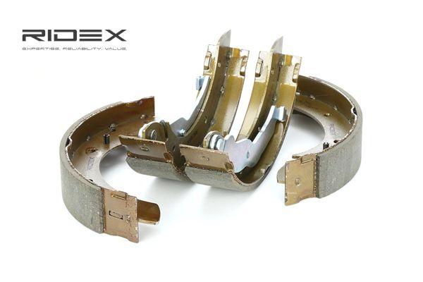 RIDEX Kit de frenos de tambor BMW Eje trasero, Ø: 228mm, con palanca