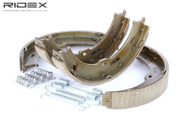 Bremsbackensatz 70B0140 CRAFTER 30-50 Kasten (2E_) 2.5 TDI Bj 2013