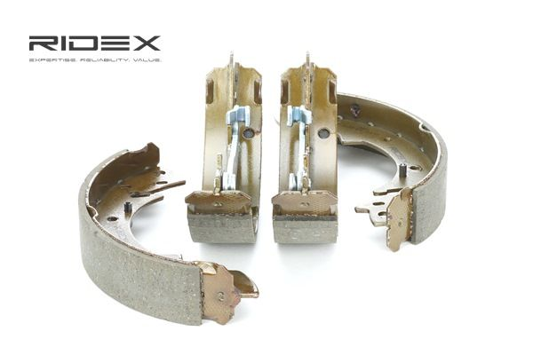 RIDEX 70B0064 Brake shoes and drums