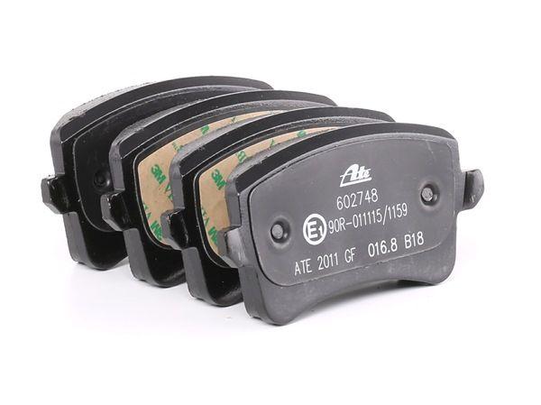 Комплект спирачно феродо, дискови спирачки 13.0460-2748.2 Golf 5 (1K1) 1.9 TDI Г.П. 2006
