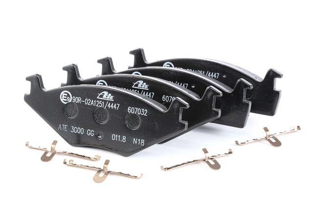 Bremssystem : ATE 13046070322 Bremsbelagsatz, Scheibenbremse