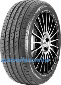 Preiswert PKW 215/40 R18 Autoreifen - EAN: 8807622235009